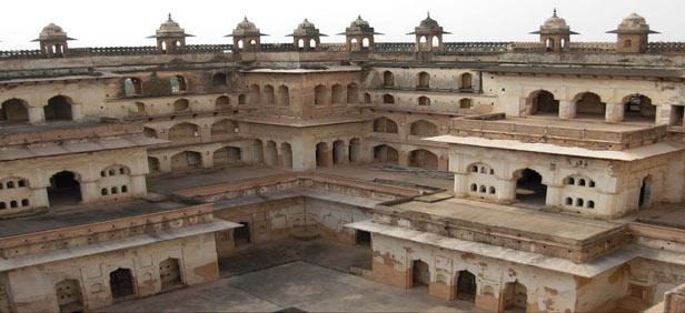 Tonk India  city photos gallery : ... and Best Time to Visit Raj Mahal in Orchha, Madhya Pradesh India