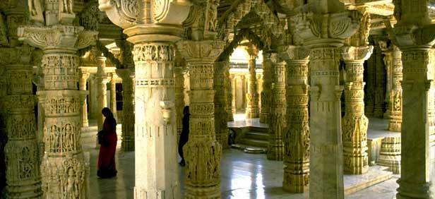 Gadisar Lake Jaisalmer in addition Dilwara Jain Temple Mount Abu additionally In India Jaisalmer Fort Jain Idol furthermore A F Aa E E C Ca D C Afc likewise Karni Mata Rat Temple India. on jaisalmer jain temple india